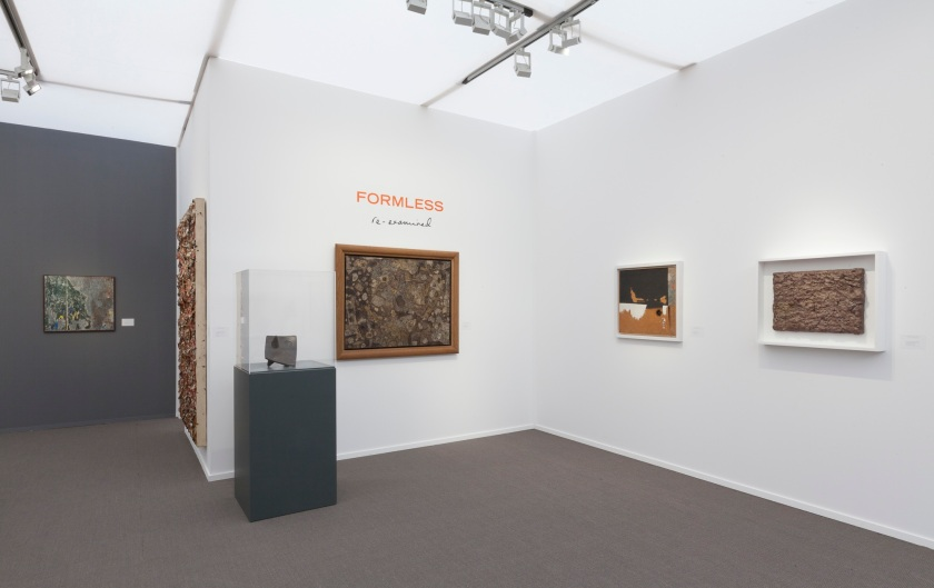 Installation view_'Formless Re-Examined'_Luxembourg & Dayan_Stand D7_Frieze Masters 2016_4.jpg