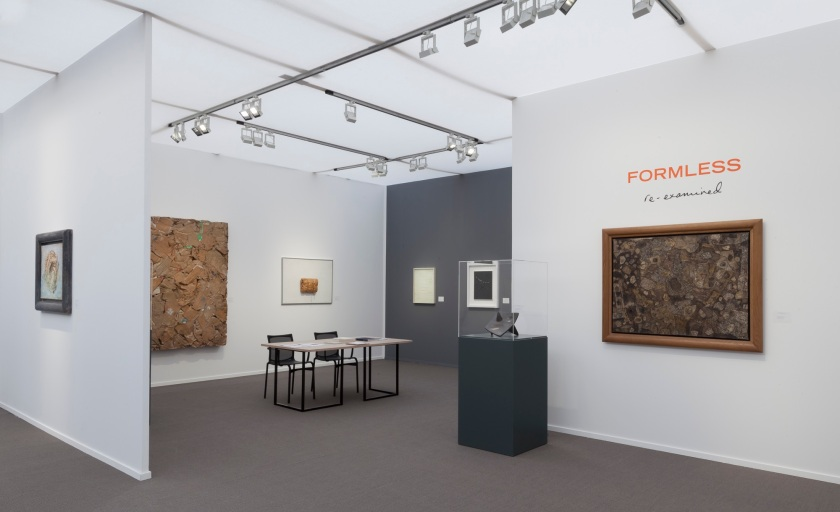 Installation view_'Formless Re-Examined'_Luxembourg & Dayan_Stand D7_Frieze Masters 2016_5.jpg