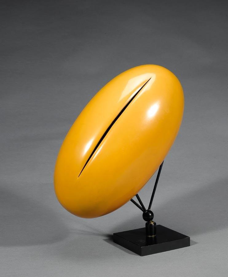 Lucio-FontanaConcetto-spaziale-1967-cm-40x20-rame-laccato-con-taglio-giallo-senape (1).jpeg